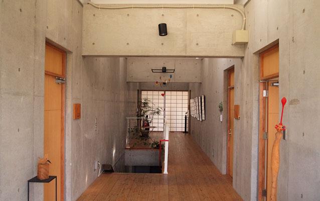 エルソシオビルの室内