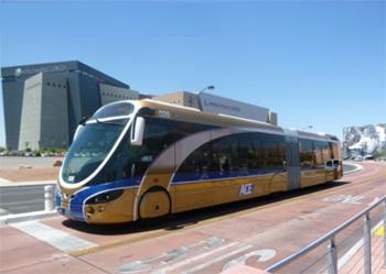 ラスベガス運行中のハイブリッドバス 2010年6月